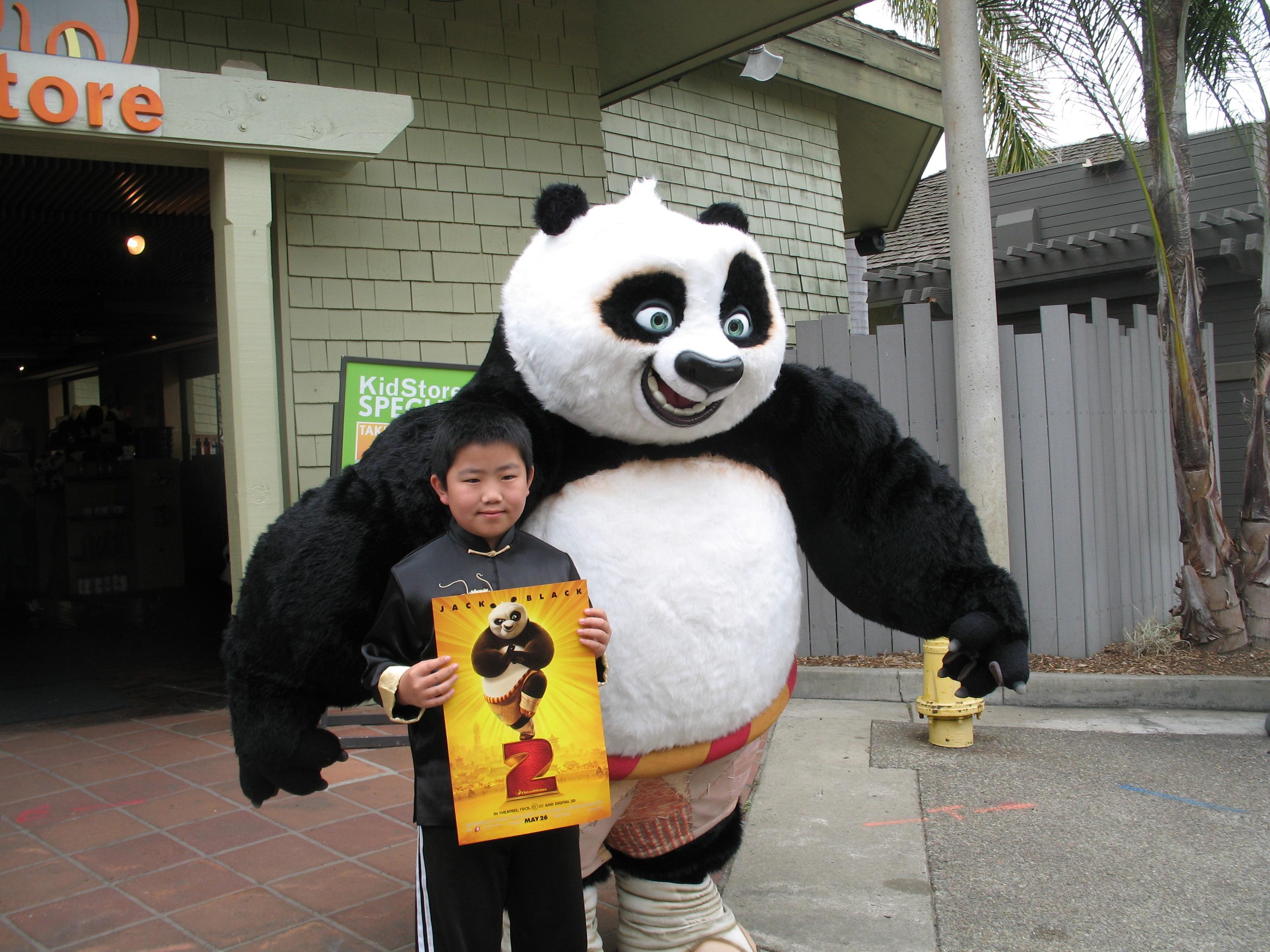 Kung Fu Panda Po Eating