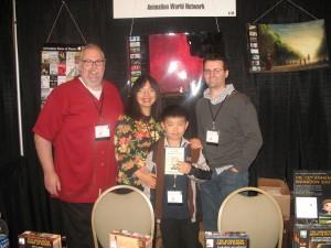 Perry Chen, mom Zhu Shen & AWN publisher Dan Sarto (L) & editor Rick DeMott (R) at CTN AWN booth