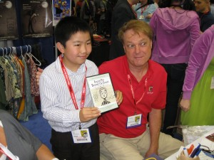 Perry Chen with Bill Plympton at 2011 Comic-Con (photo by Zhu Shen)