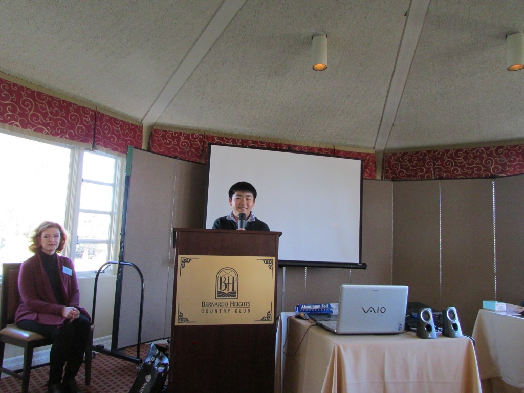 Perry Chen Speaking at Wednesday Etc. Women's Club, Bernardo Heights Country Club (photo by Zhu Shen)