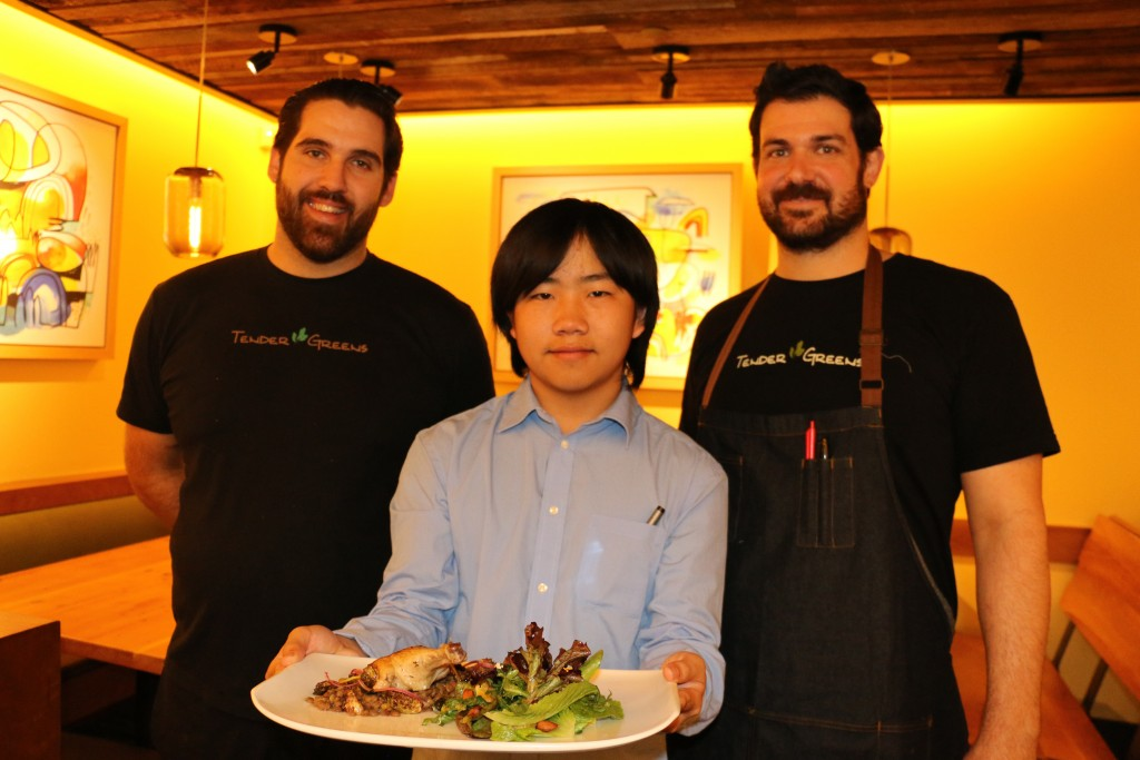 Perry with chefs Jeff Hubbard & Chris Kenney & dinner special 1