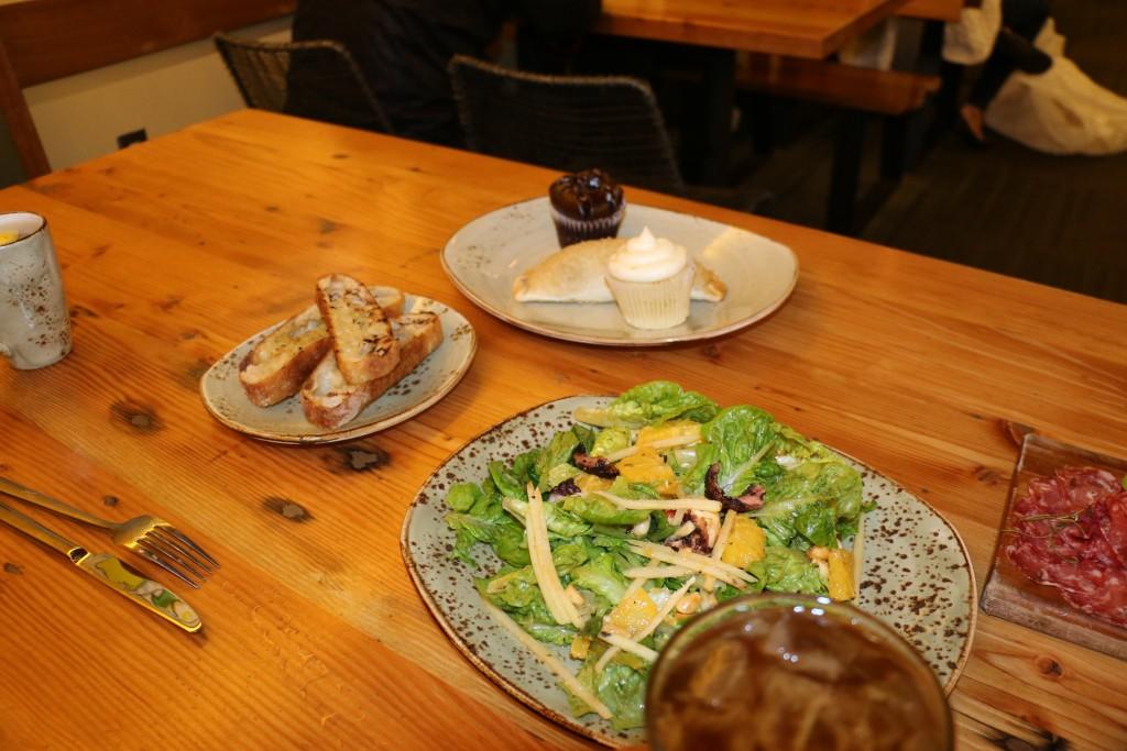 Thai octopus salad & desserts
