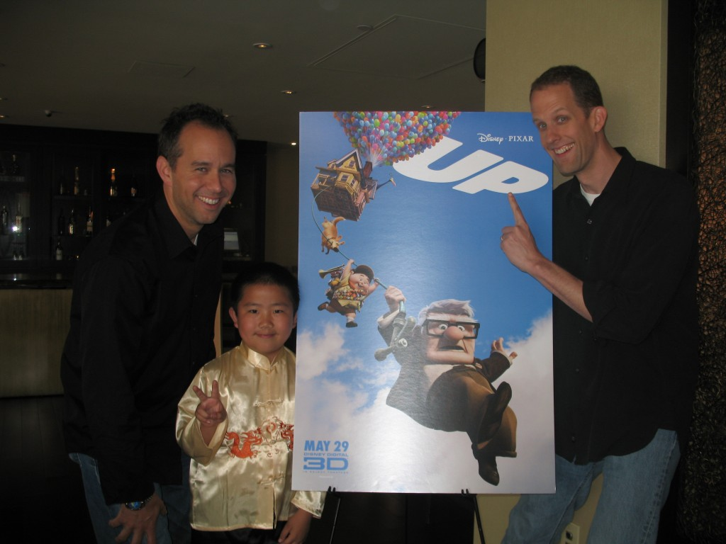 """Perry Chen with Pete Docter (R) and Jonas Rivera (L) at """"Up"""" press tour, May 2009 (photo by Zhu Shen)"""